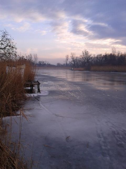 Karcsa_2013_07_12_tó télen